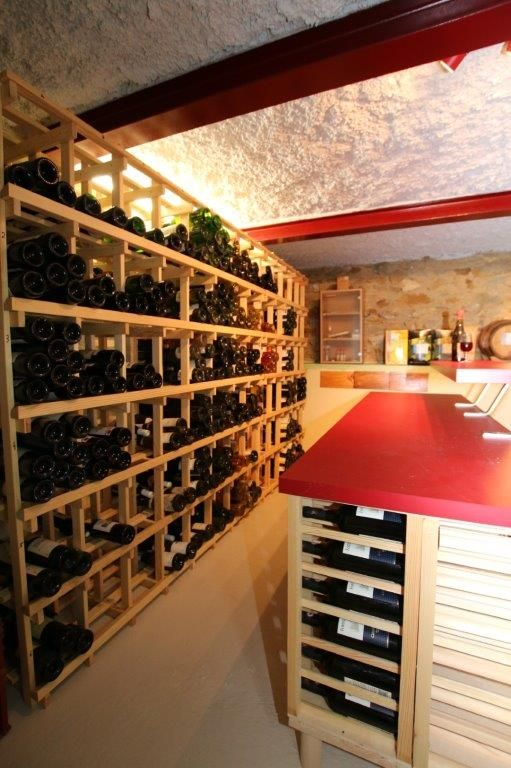 Rayonnage cave a vin