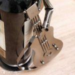 Porte bouteille metal guitariste