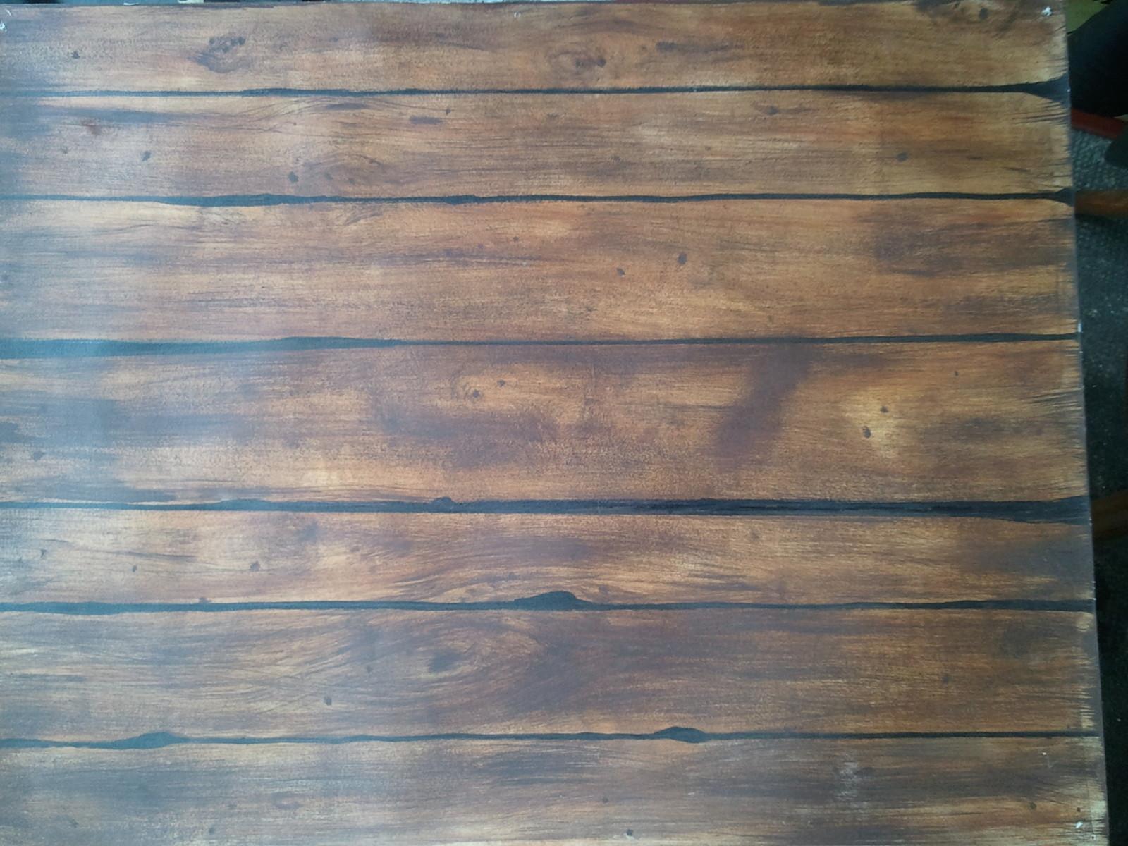 Peinture décorative faux bois