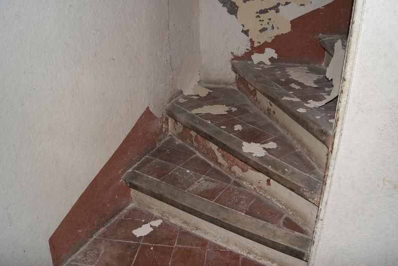 Peinture carrelage sol escalier