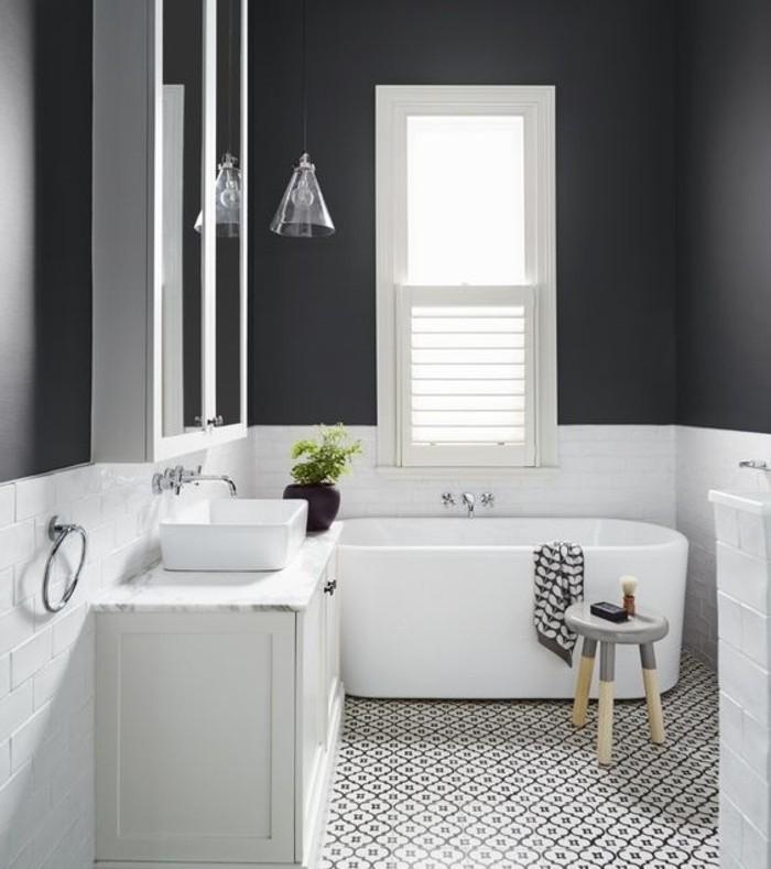 Peindre carrelage salle de bain en noir