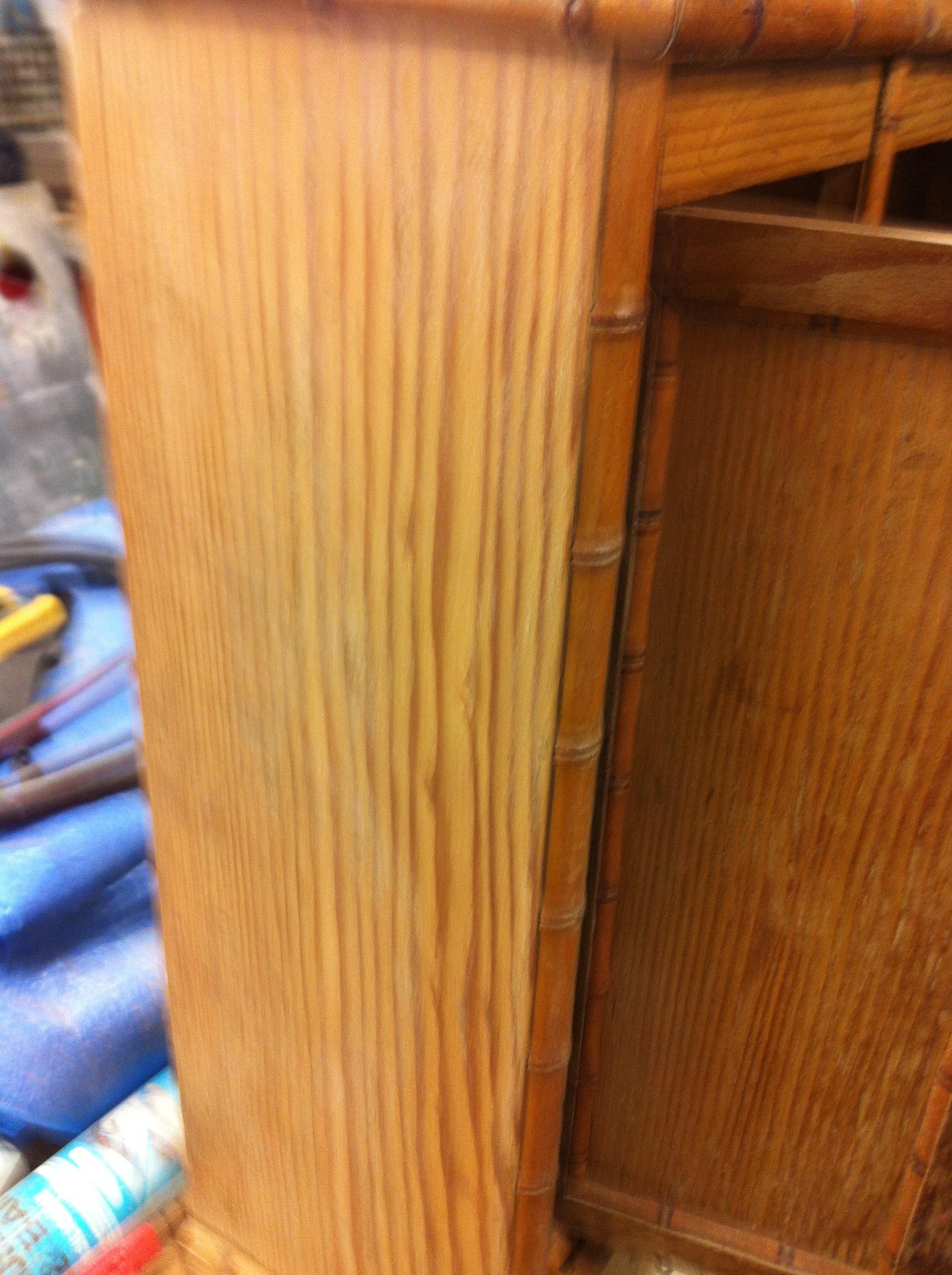 Nettoyer meuble cuisine bois avant peinture