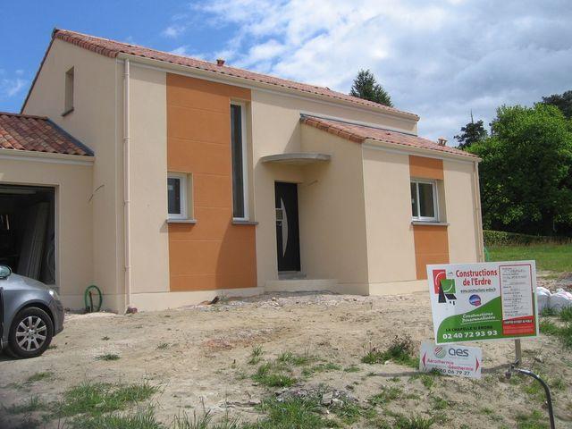 Application peinture maison exterieur