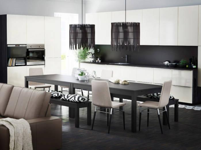 Peinture noire cuisine blanche