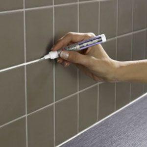 Refaire peinture carrelage salle de bain