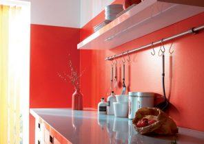 Peinture rouge vif cuisine