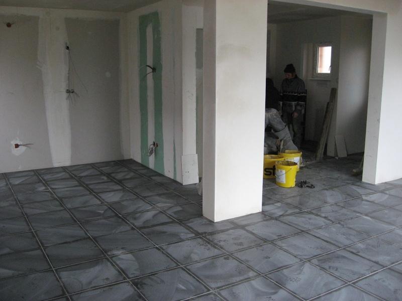 Peinture carrelage sol gris foncé