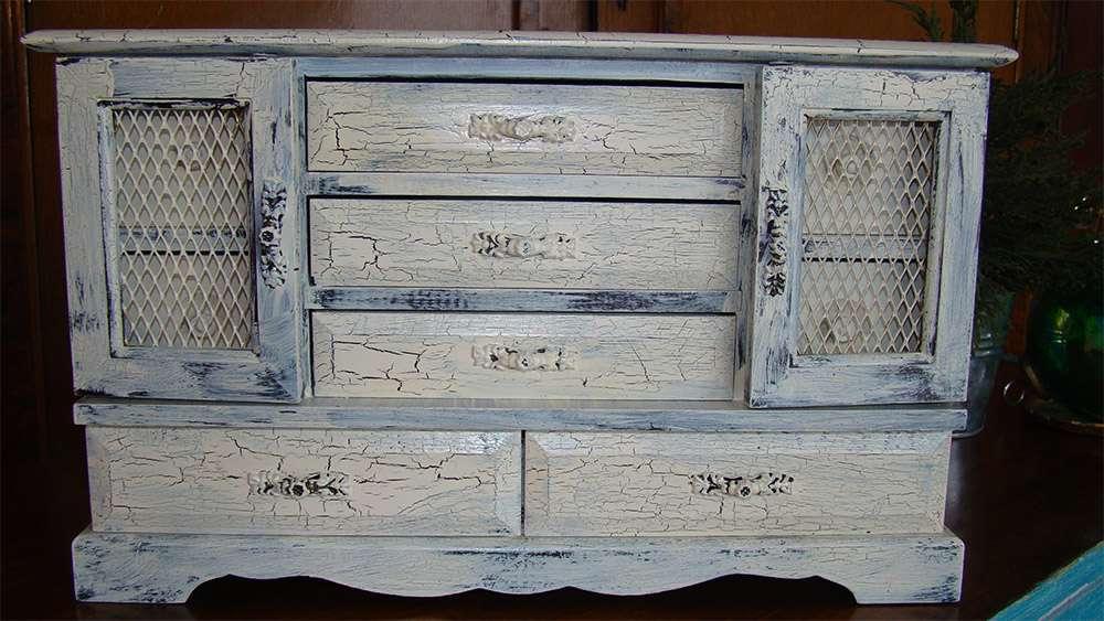 Peinture decoration meuble bois