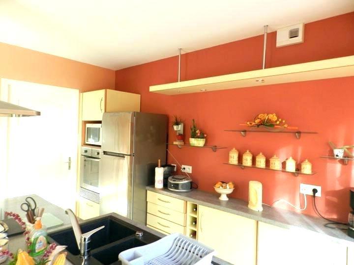 Peindre une cuisine moderne