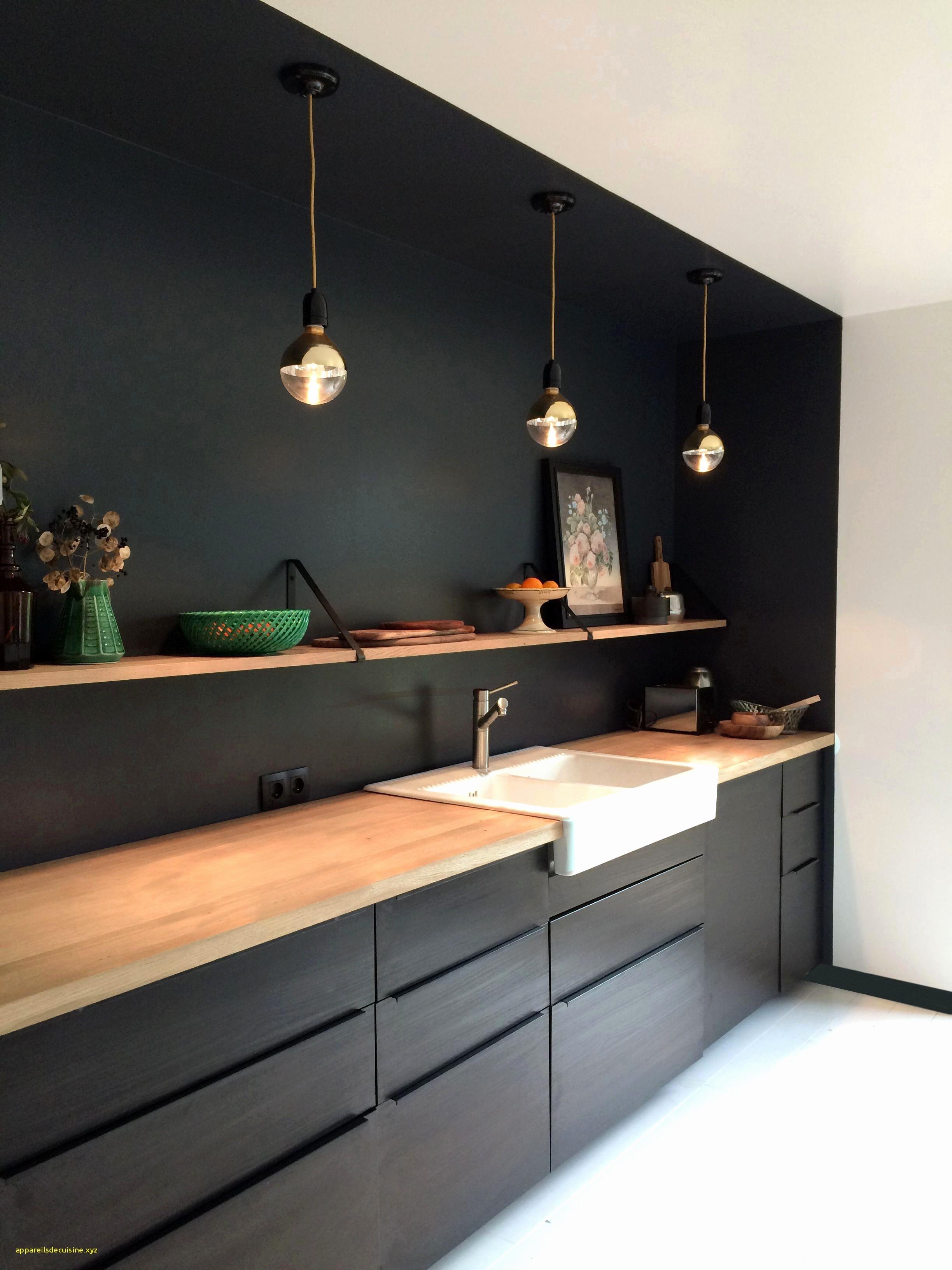Peinture brillante meuble cuisine