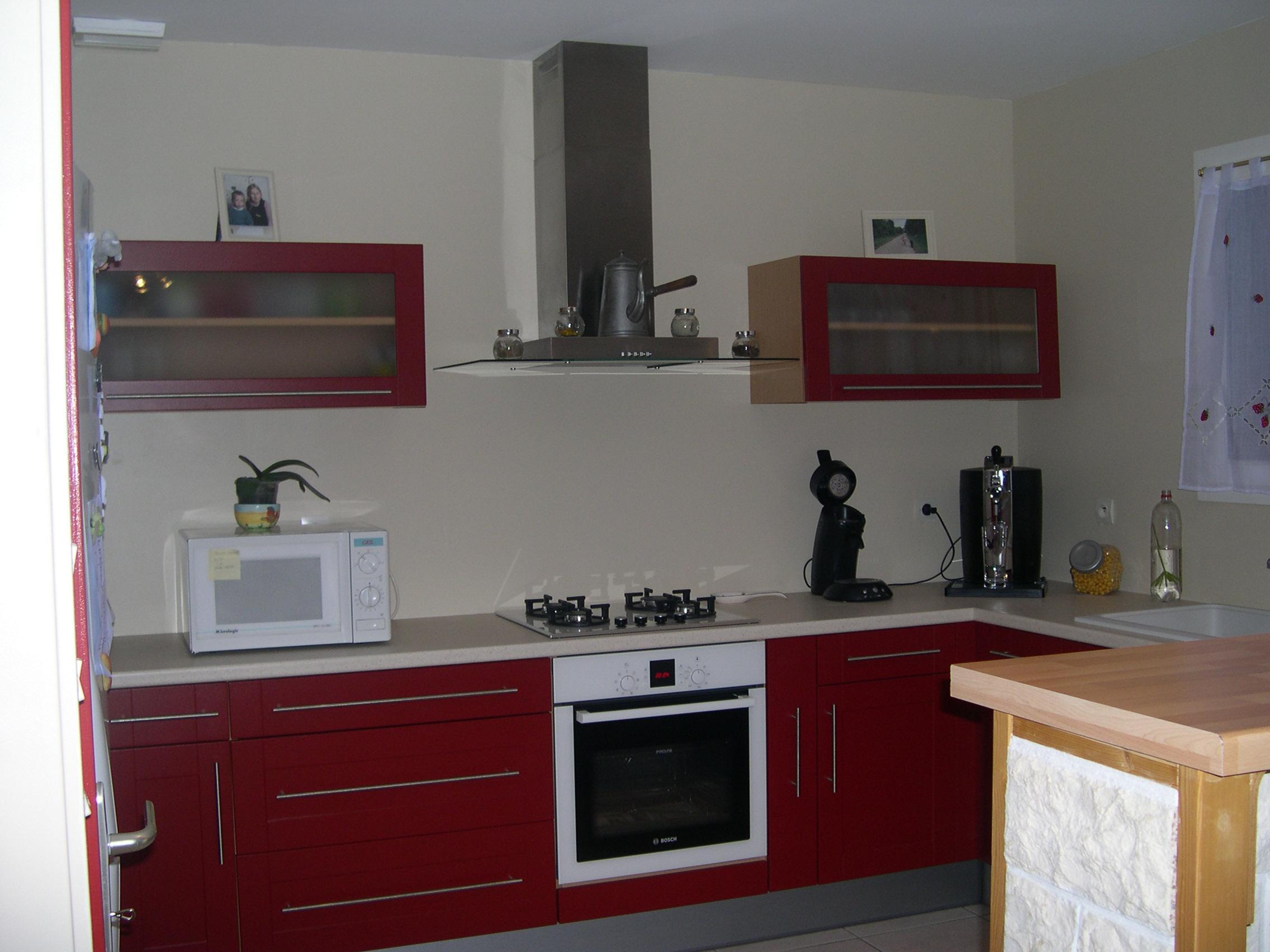 Peinture cuisine rouge et blanc