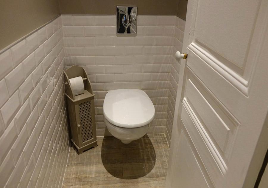Peinture carrelage toilette