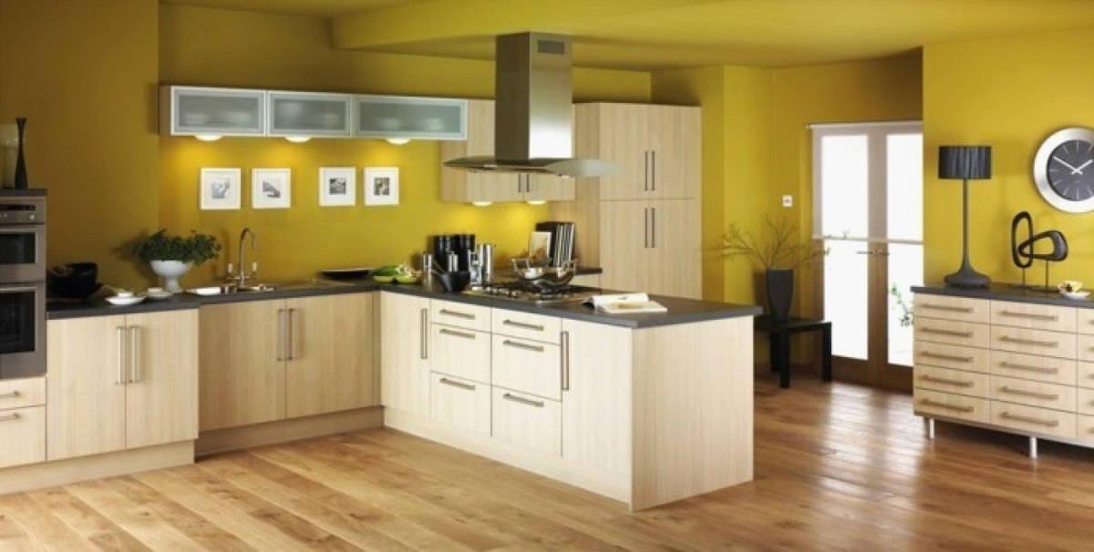 Peinture pour cuisine en bois clair