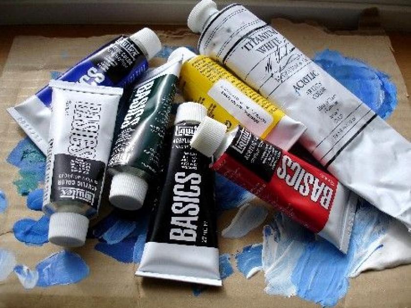 Peinture acrylique ne tient pas